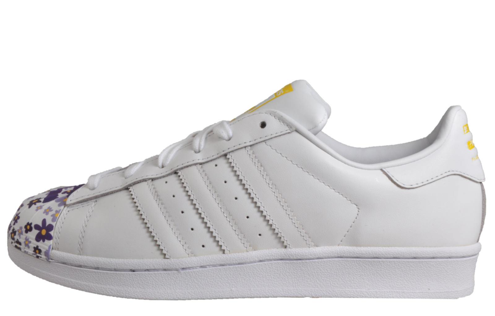 more photos a87eb e71a7 ... france adidas originals superstar pharrell williams mens leather retro  trainers white 26225 ac52e