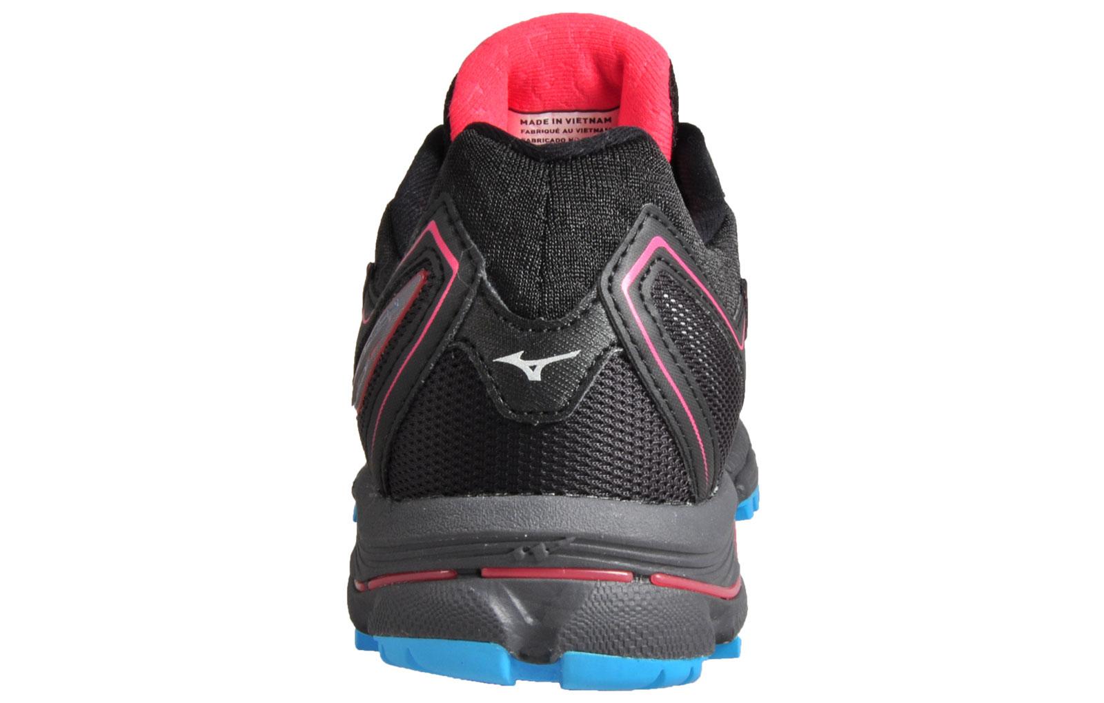 Mizuno Wave Daichi 2 Womens Premium All Terrain Off Road Running Shoes Black 6e5556f8e27